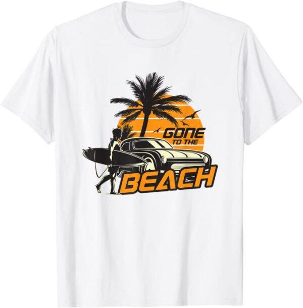 Gone to the Beach, Surfer am Strand mit Surfboard und Palmen T-Shirt